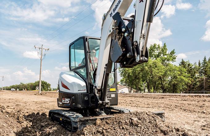 Clark Equipment - R Series Excavators - Design, Performance